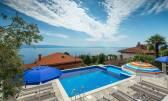 OPATIJA CENTAR- predivna novoadaptirana kuća s bazenom i okućnicom od 1000 m2