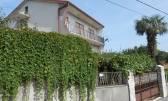 Drenova,samostojeća kuća 430m2,2 stana