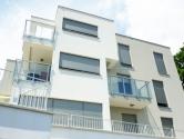 Predivan stan u urbanoj vili u neposrednoj blizini mora