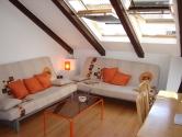 Centar - adaptiran stan u potkrovlju - 52m2