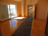 Stan sa prekrasnim pogledom (100 m2)